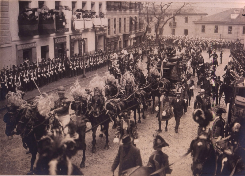 Swearing-in of the recruits. Madrid 1914. Opening of the Parliame
